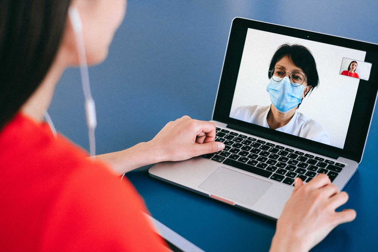 video conference wearing facemask